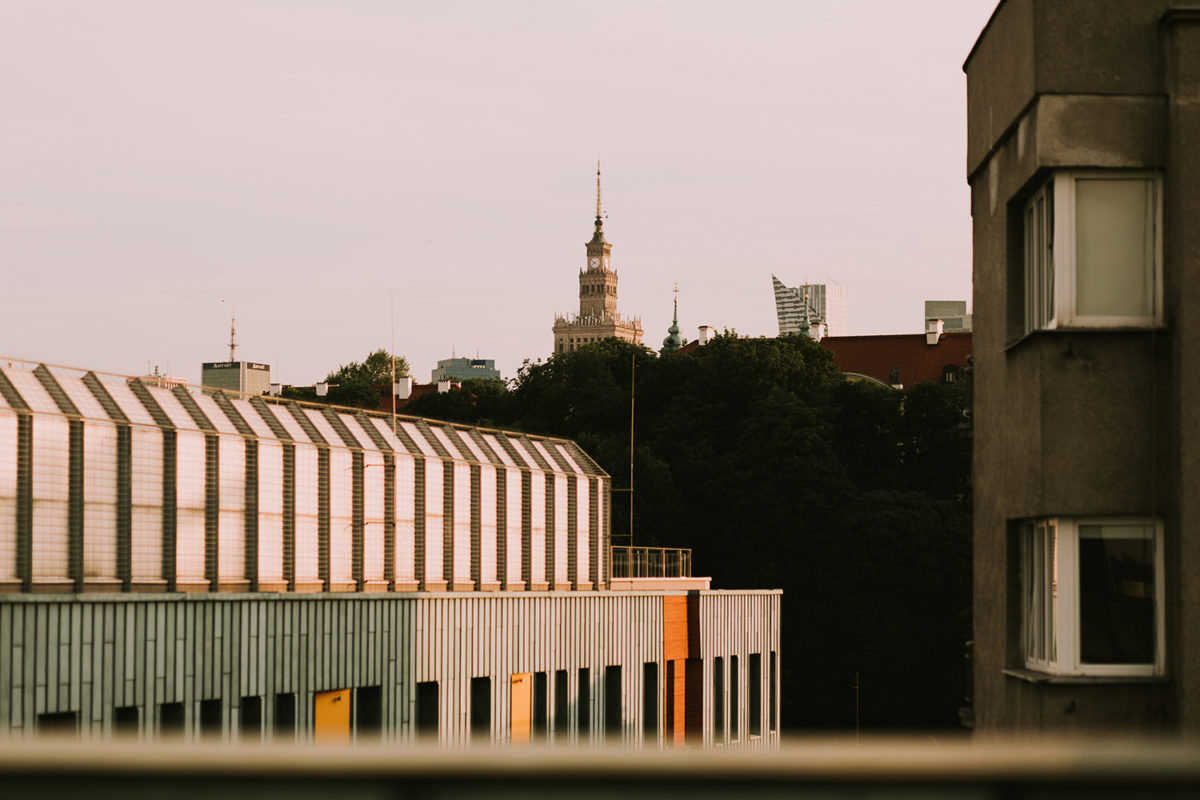 Patrycja&Patryk Sesja narzeczeńska w Warszawie, Ogród na dachu Biblioteki Uniwersytetu Warszawskiego