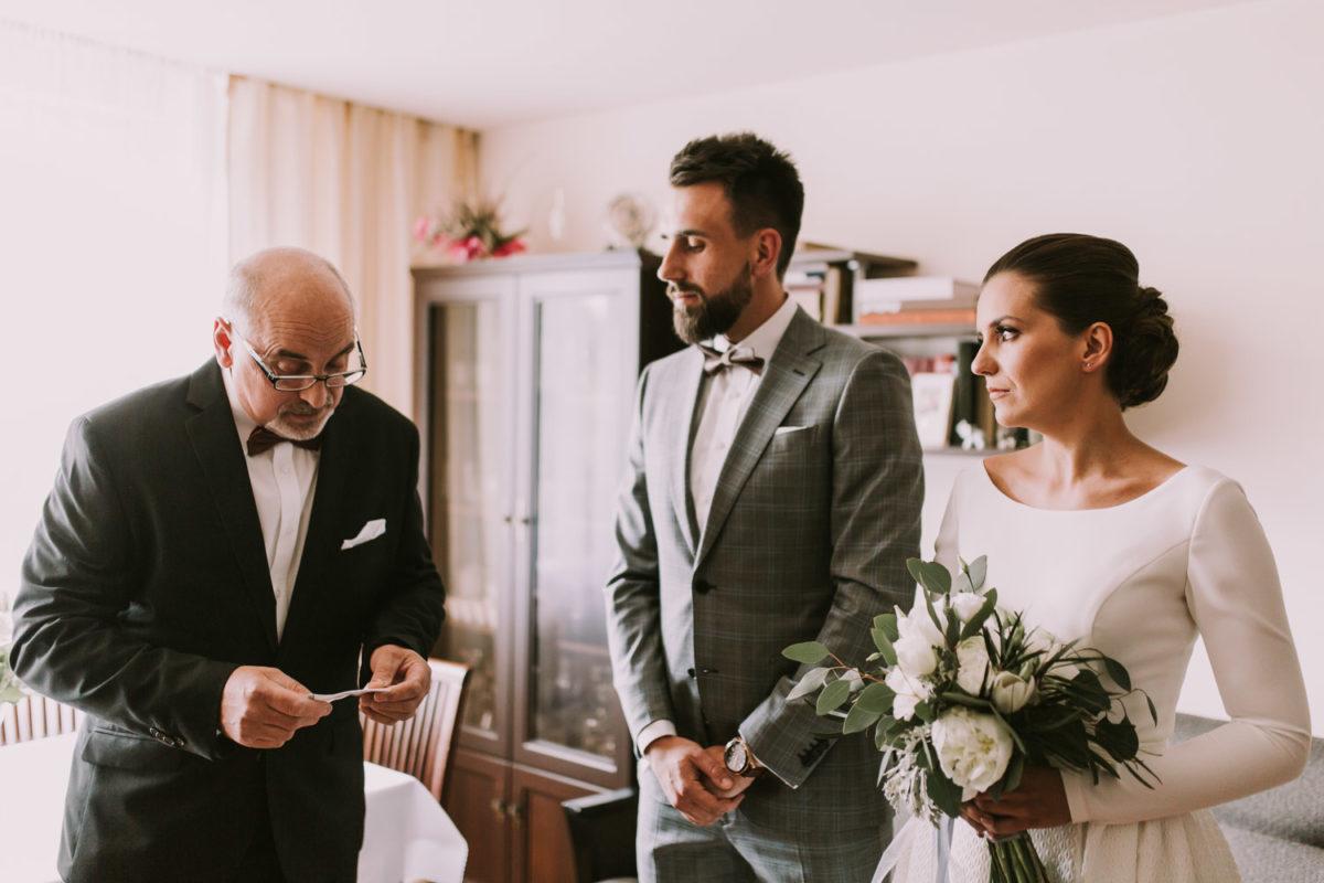 Przygotowania do ślubu, Fotograf ślubny Warszawa, Ślub industrialny